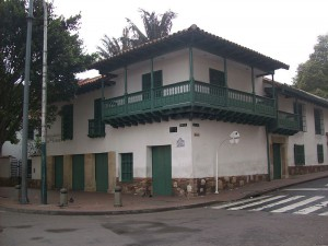 800px-Casa_Florero
