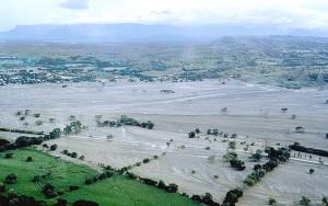 Armero bedolven door de modderstroom.