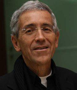 Priester biedt zich aan als gijzelaar