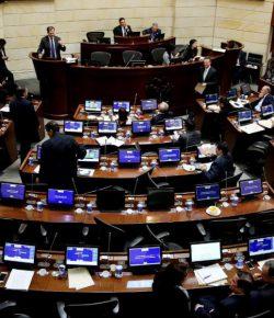 Senaat stemt voor vredesakkoord