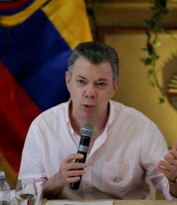 President Santos verontschuldigt zich voor illegale fondsen verkiezingscampagne