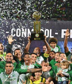 Atlético Nacional wint beladen Super Cup van Chapecoense