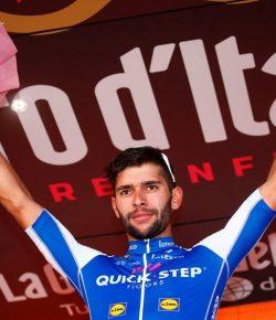 Fernando Gaviria wint ook vijfde etappe in Giro