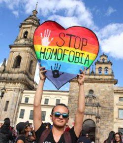 Bogotá marcheert tegen homofobie