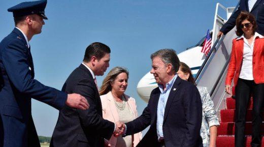 President Santos brengt vandaag een bezoek aan Donald Trump
