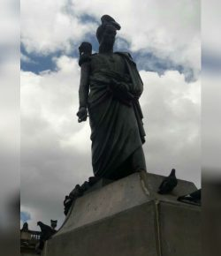 Zwaard standbeeld Simon Bolivar in Bogotá gestolen