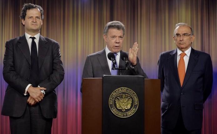 Santos eist datum ontwapening FARC