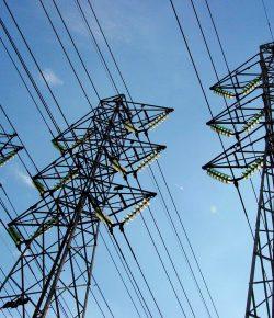 Meer dan 300.000 mensen zonder elektriciteit door aanslag op elektriciteitsmast
