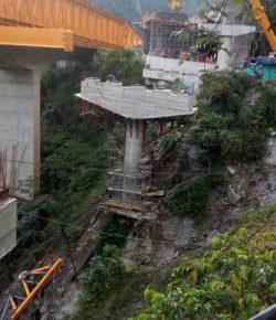 Vijf doden in Cundinamarca bij bouw van brug