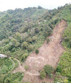 Zes doden bij aardverschuiving in departement Quindío